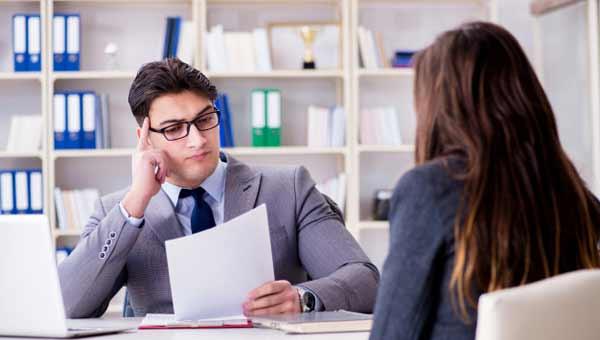 Os 12 Erros mais Comuns que são cometidos Durante uma Entrevista de Emprego 90b418fcc1380